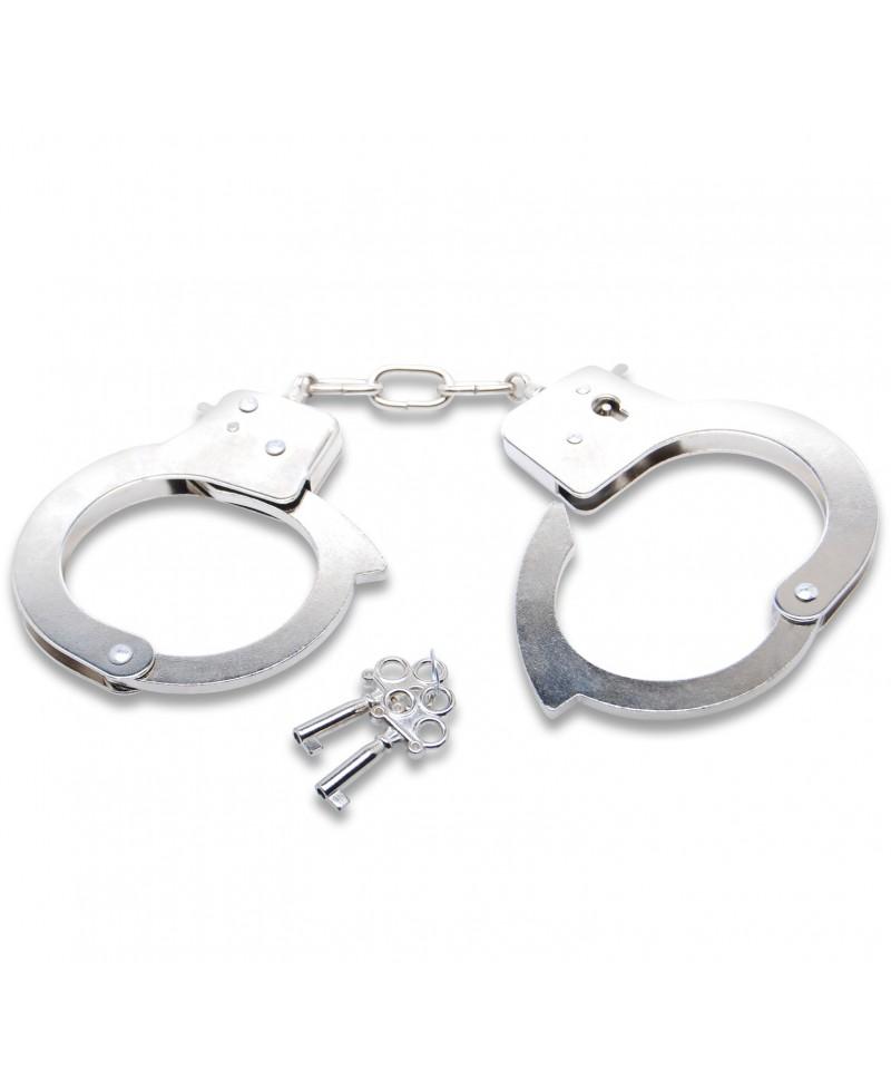 esposas begginers metal-fetish con llaves